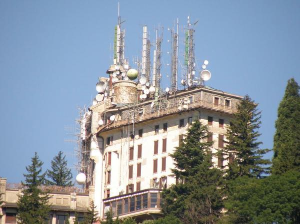 http://www.cieliparalleli.com/images/stories/015img2012/0808285151_624420_Albergo_ca_6253361_medium.jpg